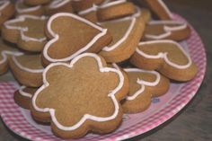 A delicious gingery cookie that bakes up crisp. Nice baked into lovely shapes and iced using royal icing. A real bonus is that these tasty little cookies are also gluten free!!!!!