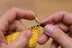 Strikket gul klut, oppskrift nr. 4 – Tove Fevangs blog Food Cakes, Crochet Earrings, Blog, Fashion, Cakes, Moda, Fashion Styles, Fasion