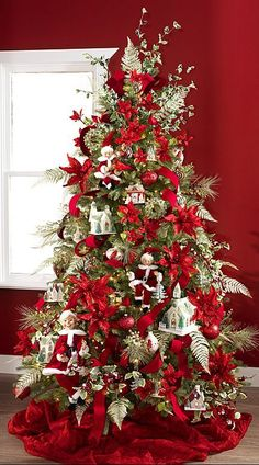 Elegant Christmas Tree Decorating Ideas – Christmas Celebration – All about Christmas – Decorate Christmas Tree Elegant Christmas Trees, Christmas Tree Themes, Noel Christmas, All Things Christmas, Christmas Tree Decorations, White Christmas, Xmas Trees, How Decorate Christmas Tree, Christmas Tree Red And Silver