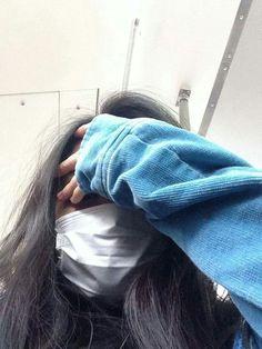 ulzzang (that's me lol) Cute Girl Photo, Girl Photo Poses, Girl Photography Poses, Tumblr Photography, Girl Photos, Ulzzang Korean Girl, Cute Korean Girl, Fake Girls, Mask Girl