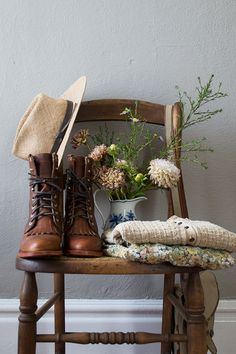 Chippewa Lace Up Leather Boots | Adored Vintage Blog