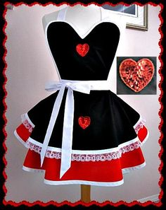 Apron # 1228 - Queen of hearts black and red retro apron