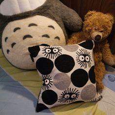 Cuscino di dinerino del buio grande,originale di Miyazaki ,totoro