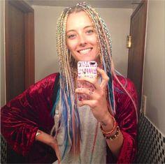 We LOVE #ChloeNorgaard 's rainbow microbraids!
