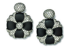 Hemmerle earrings in iron, silver, white gold and diamond