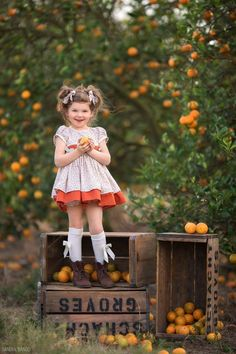 Image result for sandra bianco orange grove Cute Girl Wallpaper, Beautiful Children, Children Photography, Cute Kids, Cute Animals, Flower Girl Dresses, Hipster, Poses, Pure Products
