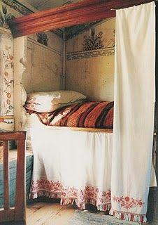 Swedish Box Bed ~ Carl Larrson Something like this would have made sharing a bedroom much better. Alcove Bed, Bed Nook, Cozy Nook, Bohemian House, Bohemian Style, Bohemian Interior, Gypsy Style, Home Bedroom, Bedroom Decor
