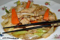 Pollo con verduras y salsa de ostras al wok.