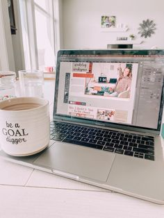 magazine design, youtuber, macbook aesthetic, macbook pro, new macbook, indesign, graphic design Macbook Laptop, New Macbook, Macbook Pro 15, Laptop Bags, Apple Mac, Macbook Air Wallpaper, Kate Middleton Pictures, Kate And Meghan, Accessoires Iphone