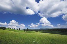 Hautes-Combes, un territoire aux paysages magiques   Haut-Jura   Crédit photo : Stéphane Godin/Jura Tourisme   #JuraTourisme #Jura