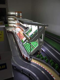 Ho Slot Cars, Slot Car Racing, Slot Car Tracks, Scale Models, Hot Wheels, Product Design, Dyi, Lego, Hobbies