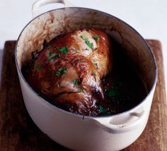 Slow cook lamb with onions, thyme and red wine