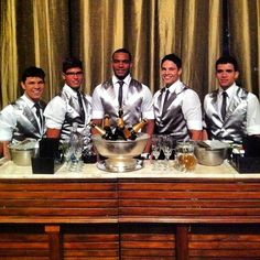 """Concept Bar'tenders!! #conceptbar #bartender #weddingbar #casamento #festas #drinks #ocharmedafesta #uniqueeventos"" Photo taken by @concept_bar on Instagram, pinned via the InstaPin iOS App! http://www.instapinapp.com (10/19/2013)"