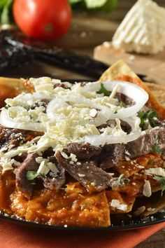 Chilaquiles en Salsa Pasilla
