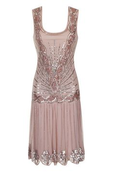 In a soft blush nude, the popular Zelda flapper dress is perfect for when you need to party like Gatsby! Hand embellished with pale pink sequins and beads and featuring a dramatic cut out back, this is a stunning party dress with a vintage twist! 20s Fashion, Look Fashion, Fashion Dresses, Vintage Fashion, Vintage Inspired Dresses, Vintage Dresses, Vintage Outfits, Gatsby Dress, 1920s Dress