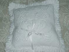 boutis coussin de mariage coeur beige textiles et tapis par nanou13 deco mariage. Black Bedroom Furniture Sets. Home Design Ideas
