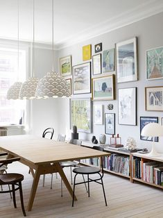 Get inspired by these dining room decor ideas! From dining room furniture ideas, dining room lighting inspirations and the best dining room decor inspirations, you'll find everything here! Dining Room Walls, Dining Room Lighting, Dining Room Design, Dining Area, Dining Table, Dining Room Picture Wall, Picture Walls, Scandinavian Interior Design, Home Interior