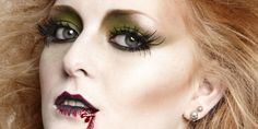 If Fear The Walking Dead and iZombie are your favorite shows, there's probably no question what you're going to be for Halloween this year. But as much as you might love the creepy-cool factor of a classic zombie costume, let's be honest, you still want to look cute on Halloween. This super easy zombie makeup tutorial is equal parts glam and scary.