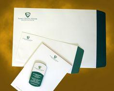 Logo e Papelaria para Family Dental Center                              …