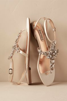 We Have The Perfect Shoes For Your Wedding Dress - $175 Badgley Mischka Nude Beige Satin Sandals With Silver Crystal Embellished Motif