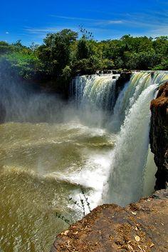 Cachoeira de São Romão - Parque Nacional da Chapada das Mesas, Brazil