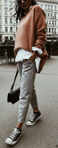 14 luxurious & unique outfits for this fall season - fashion and outfit t . - 14 luxurious & unique outfits for this fall season – fashion and outfit trends - Unique Outfits, Chic Outfits, Trendy Outfits, Fashion Outfits, Sneakers Fashion, Fashion Clothes, Style Clothes, Dress Fashion, Fashion Shirts