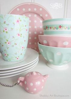 DIY Genious ! Shabby Chic Cath Kidson Dish Makeovers ! BI WANT THESE DISHES!