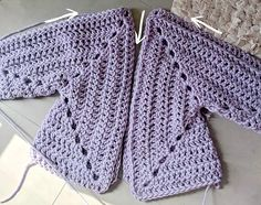 Super Chunky Hexagon Cardigan: FREE pattern from The Snugglery You will find step by step instructions and video tutorial just to help you make this cool jacketBeginner Sweater Projects - Pattern & Yarn Mailed to You!Spring crochet projects to getIf you'v Gilet Crochet, Crochet Cardigan Pattern, Crochet Jacket, Crochet Shawl, Free Crochet, Knit Crochet, Double Crochet, Hexagon Crochet, Crochet Designs