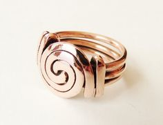 Spiral ring copper wire spiral polished copper wire by Copper Rings, Copper Jewelry, Copper Wire, Jewelry Rings, Jewelery, Handmade Wire Jewelry, Diy Rings, Wire Wrapped Rings, Homemade Jewelry