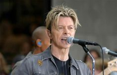 David Bowie... Still mourning the beautiful Starman! <3