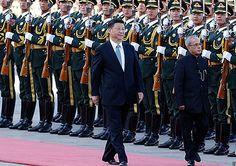 A China e a Índia reiteraram o seu compromisso para a manutenção da paz na região fronteiriça entre os dois países. A decisão aconteceu na quinta-feira (26), durante a primeira visita de Estado do presidente indiano à China.