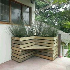 Hoek bank met planten