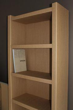 Etagère en carton ! Hyper solide, super simple à monter, sans clou, sans vis, sans aucun outil mêm'pas d'huile de coude :)  www.inviridis.fr