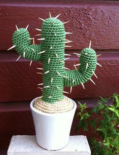 Om man kan virka krukväxter, varför inte då en kaktus? Jag testade och så här blev resultatet. Nedan ser du beskrivningen på hur jag gjorde,...
