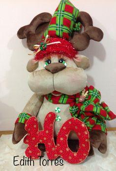Christmas Sewing, Christmas Fabric, Forsythia Wreath, Xmas, Christmas Ornaments, Fabric Decor, Snowman, Free Pattern, Diy And Crafts