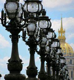 Lampadaires du Pont Alexandre 3 & Dôme des Invalides, Paris - Lampost of Belle Epoque