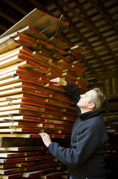How to Choose Lumber for Woodworking {7 Simple Steps} THIS IS AMAZING.