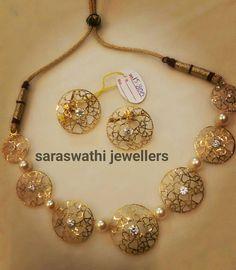 Indian Gold Jewelry Near Me Product Gold Jewelry Simple, Stylish Jewelry, Fashion Jewelry, Golden Jewelry, Silver Jewelry, Gold Bangles Design, Gold Jewellery Design, Fancy Jewellery, Latest Jewellery