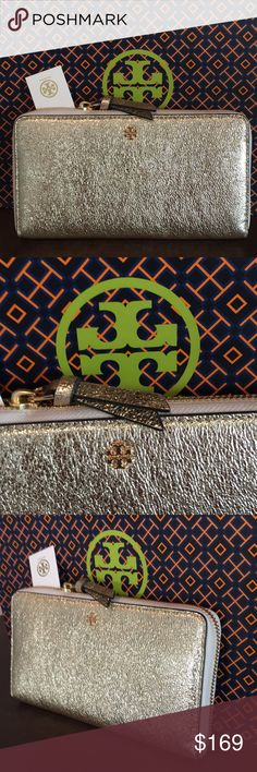 🆕TORY BURCH LARGE NEW ZIP WALLET 💯AUTHENTIC 🆕TORY BURCH LARGE NEW WITH TAG NEVER USED ZIP WALLET 💯AUTHENTIC ! STUNNING AND STYLISH TOTALLY ON TREND! JUST LOVELY! TRUE HIGH END LUXURY AND STYLE! IT HAS A GREAT 3 SIDE ZIPPER . INSIDE HR LARGE WALLET IS A ZIP SECTION, 8 CARD SLOTS, TWO LARGE WALL POCKETS AND 2 OPEN SECTIONS FOR MORE ITEMS. WHAT AN AMAZING WALLET! COMES WITH TORY BURCH GIFT BAG. NEW BUT NO PRICE ON TAG. THE PERFECT LARGE WALLET FOR ANY WOMAN! Tory Burch Bags Wallets
