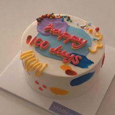 Korean Cake, Korean Dessert, Korean Food, Pretty Birthday Cakes, Pretty Cakes, Birthday Ideas, Cute Desserts, Dessert Recipes, Mini Cakes