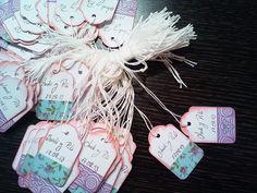 ¡Hacer unas etiquetas vintage nunca había sido tan fácil! En este paso a paso te enseñamos a crear unas tarjetas con washi tape para marcar cada uno de tus recondatorios.
