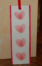 book mark...Valentines gifts for the grandmothers and all of my boys' girlfriends?lol