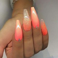 # REPOST - - - - Peachy Orange and Glitter on long Coffin Nails - - - - Picture and Nail Design by anesanails. Summer Acrylic Nails, Best Acrylic Nails, Spring Nails, Coffin Nails Designs Summer, Coral Acrylic Nails, Coral Nails Glitter, Summer Nails 2018, Glitter Gel, Cute Nails