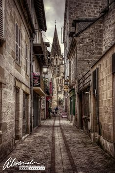 Brive-la-Gaillarde street_ France