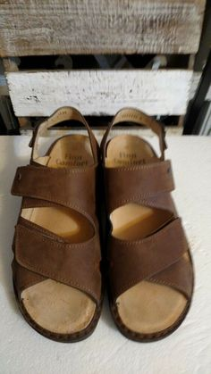 1c9fdabc304d Finn Comfort Men s Sandals Toro Soft size 44 EUC brown nubuck leather   fashion  clothing