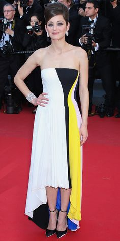Marion Cotillard in black and white Christian Dior in Cannes 2013