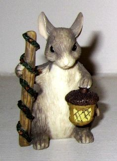 Dean Griff Silvestri Lighting The Way Acorn Mouse Figure Mice Charming Tails | eBay