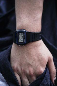 Casio G Shock, Digital Watch, Casio Watch, Watches For Men, Street Style, Clocks, Style, Men's Watches, Urban Style