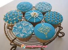 Cupcake with sugar paste decorations