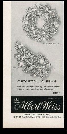 1956-Albert-Weiss-costume-jewelry-oak-leaf-garland-Cristalia-pin-vintage-ad